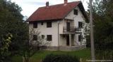 Gornji Milanovac nekretnine - Prodajem kucu u Gornjem Milanovcu