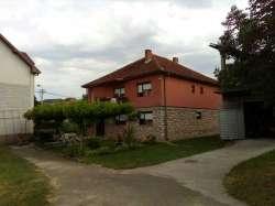 Novi Pazar nekretnine - Kuća na 13 ari placa. HITNO!