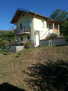 Novi Pazar nekretnine - Kuća sa placem od 45,5 ari u Sitniču. POVOLJNO!