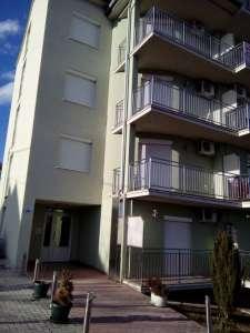 Izdavanje stana u centru Vrnjacke Banje na minimum 2 dana, 20 eura dnevno.