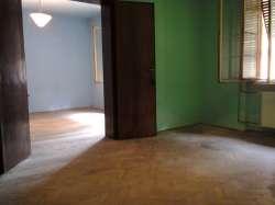 Nis nekretnine - Trosoban salonski stan