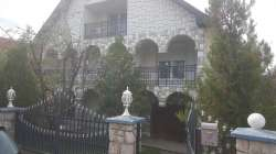 Prelepa kuća u centru Tutina