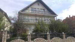 Tutin nekretnine - Prelepa kuća u centru Tutina