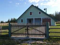 Golija nekretnine - Prelepa vikendica na Goliji na zemljištu od 1 hektara