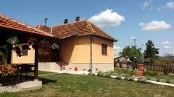 Gornji Milanovac nekretnine - Prodaja domaćinstva u Pranjanima