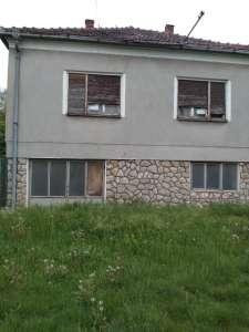 Irig nekretnine - Spratna kuća u Krušedol selu, 170 kv