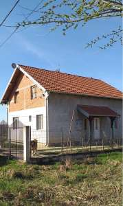 Surčin nekretnine - Kuća u Bečmenu, opština Surčin