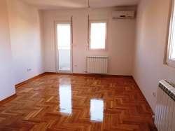 Beograd nekretnine - Direktna prodaja, stan 42 m2, Altina, Ugrinovački put 14.deo