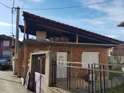 Kuća i nezavršen objekat u Miloša Obilića