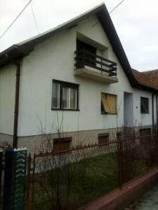 Cacak gayrimenkul - Kuća u Čačku
