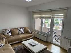 Novi Pazar nekretnine - Tri stana u zgradi Dacić - ceo sprat