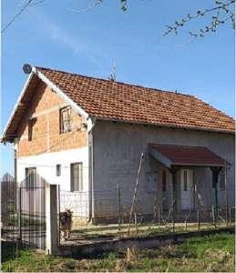 Beograd nekretnine - Kuća u Bečmenu, opština Surčin