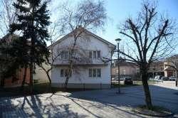 Batočina nekretnine - Kuća u centru Batočine