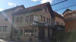 Kuća sa poslovnim prostorom u ulici Relje Krilatice