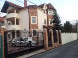 Beograd real-estate - Beograd-Lux Vila u naselju Brace Jerkovic-HITNO!