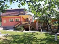 Sremska Mitrovica nekretnine - Vikendica, 100m2, Fruska Gora